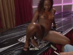 Amateursex mit Ebony
